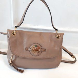 MICHAEL KORS MEDIUM CROSSBODY BAG
